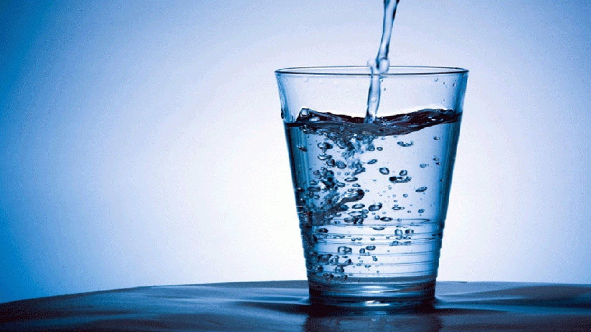 Έρευνα: Ο μέσος άνθρωπος τρώει έως 121.000 μικροπλαστικά σωματίδια ετησίως