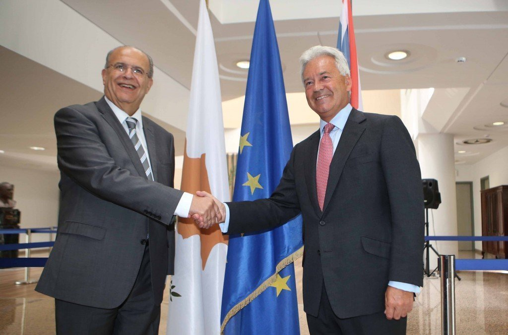 Έτοιμη να αποδεχθεί συμφωνημένη διευθέτηση ασφαλείας στην Κύπρο η Βρετανία