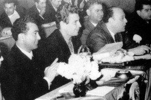 (1964 -1965) Από αριστερά Δώνης Χριστοφίνης, Μίκης Θεοδωράκης, Μιχαλάκης Ολύμπιος, Χρύσης Δημητριάδης