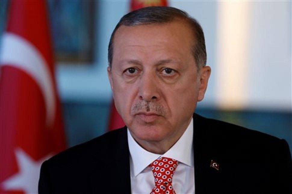 Ερντογάν: «H Δύση στάθηκε στο πλευρό των τρομοκρατών»