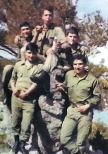 Στρατιώτες του τάγματος λίγο πριν το πραξικόπημα και την εισβολή
