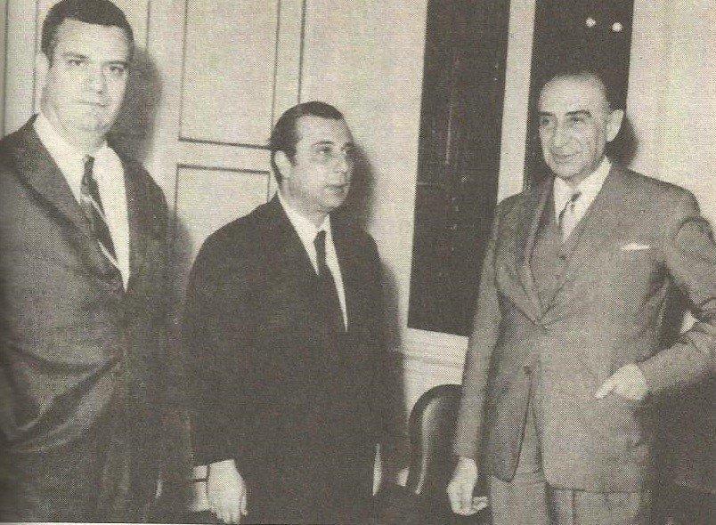 Ο ΥΦΕΞ της χούντας Ξανθόπουλος Παλαμάς με τους Κυπριανού και Παναγιωτάκο, πρέσβη της χούντας στην Κύπρο