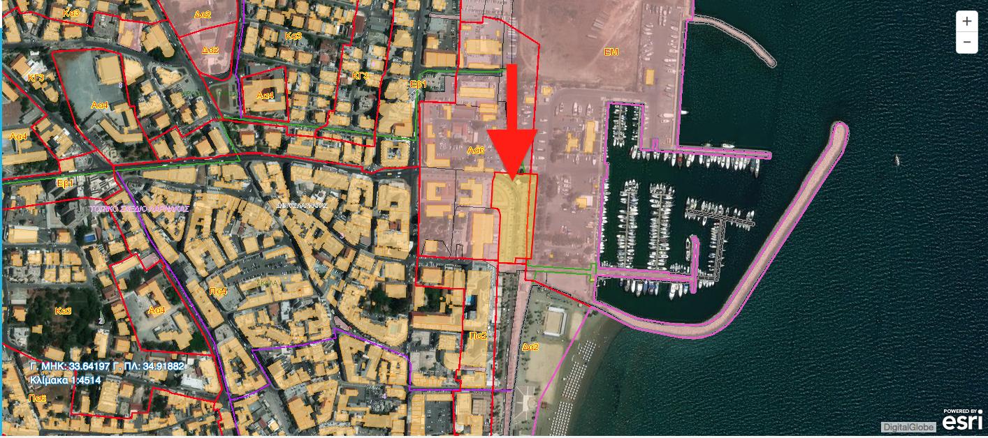 Φιλέτο δίπλα από τη μαρίνα Λάρνακας με εμβαδόν 6,492 τ.μ. Σήμερα αξιοποιείται ως χώρος στάθμευσης. Βρίσκεται σε Ζώνη Δημοσίων και άλλων Αστικών/Κοινοτικών Χρήσεων