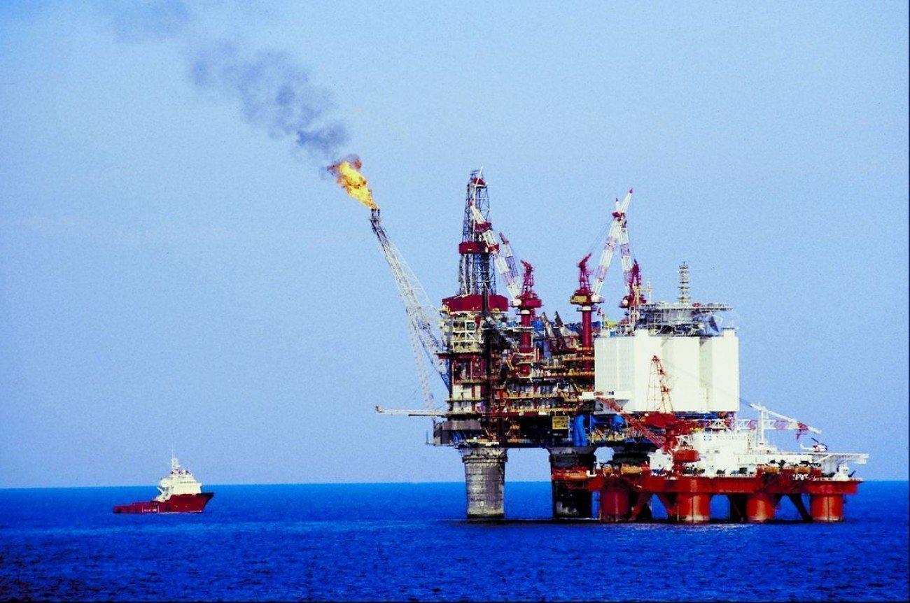 Eπικεφαλής Eni: Δεν κάνουμε γεωτρήσεις αν εμφανιστούν πολεμικά πλοία