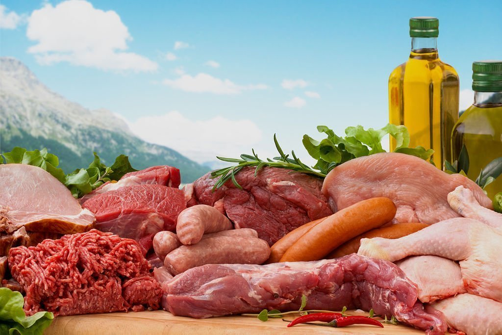 bigstock-Assorted-Raw-Meats-7913917