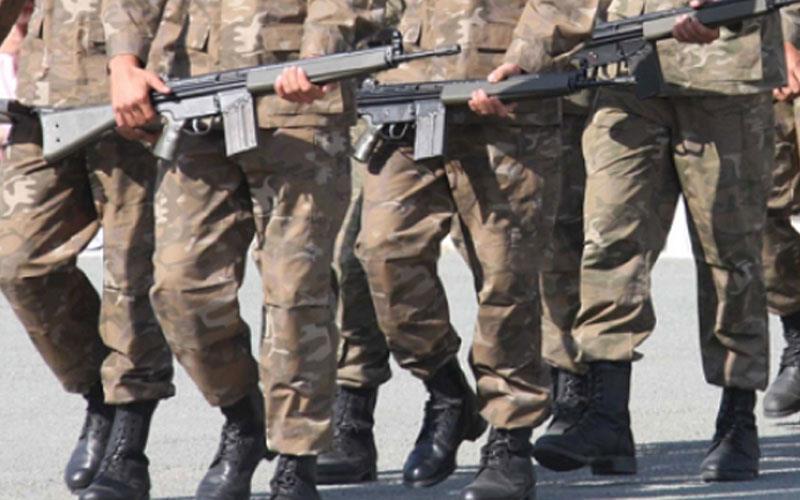 Νεαροί απείλησαν με κυνηγετικό όπλο εθνοφρουρούς – Έκαναν ζημιές σε φυλάκιο