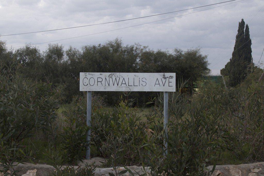 Έφη Σαββίδη, Cornwallis Ave