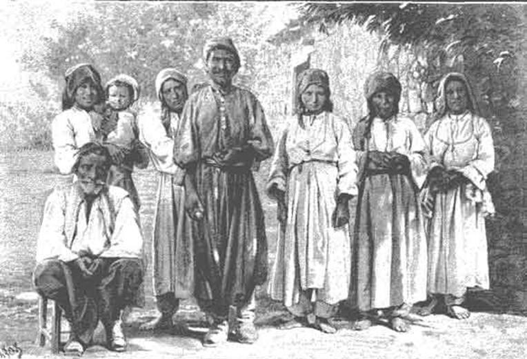 3. Λινοβάμβακοι από τα Βρέτσια της Πάφου.