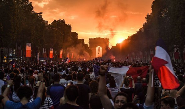 French-riots-1421549