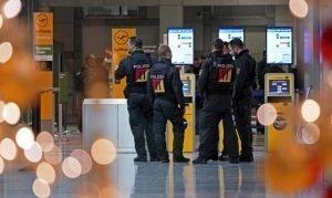 Φόβοι για τρομοκρατικά χτυπήματα σε αεροδρόμια Γερμανίας και Γαλλίας