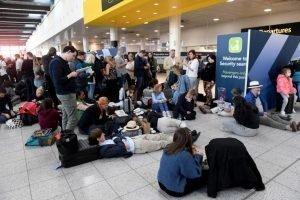 Αγγλία: Ο στρατός σπεύδει στο κλειστό λόγω drone Γκάτγουικ