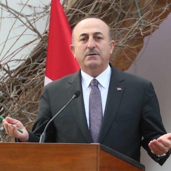 Τσαβούσογλου: Χρειάζεται η άδεια της Τουρκίας για τον EastMed