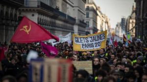 Σύγκλιση «Κίτρινων Γιλέκων» – συνδικάτων: ο εφιάλτης του Μακρόν…