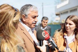 Με ανάρτηση στο Facebook απαντά ο Ακιντζί στον Οζερσάι