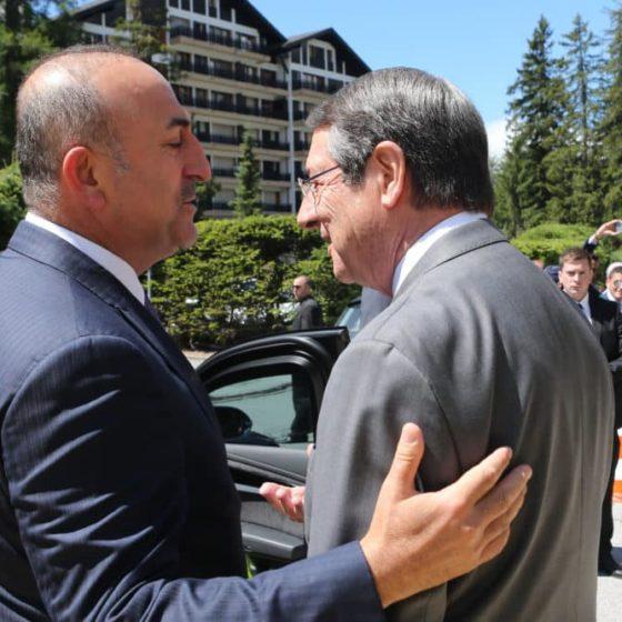 Kibris Postasi: Ο Αναστασιάδης στο Κρανς Μοντανά υποσχέθηκε στον Τσαβούσογλου συνομιλίες για δύο κράτη