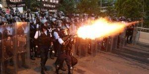 Έκκληση για αυτοσυγκράτηση και αποκλιμάκωση απευθύνει η ΕΕ για την κατάσταση στο Χόνγκ Κόνγκ