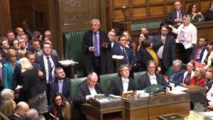 Brexit: Κόντρα για μια πιθανή αναστολή της Βουλής ώστε να μην αποτραπεί το 'no deal'