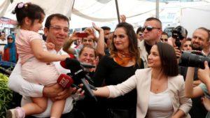 Der Tagesspiegel: Ο Εκρέμ Ιμάμογλου είναι ο νέος αντίπαλος του Ερντογάν