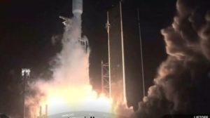 Εκτοξεύθηκε ο μεγάλος πύραυλος Falcon Heavy της Space X