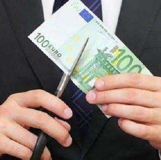 Ελλάδα: Οριστική κατάργηση 13ου και 14ου μισθού στους δημόσιους υπαλλήλους