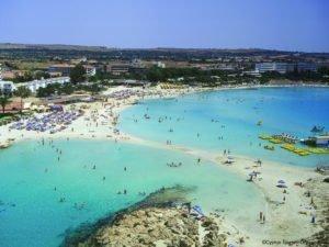 Ακόμα προλαβαίνετε για διακοπές εντός Κύπρου