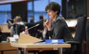 Το Ευρωπαϊκό Κοινοβούλιο απέρριψε την υποψήφια Επίτροπο της Γαλλίας Σιλβί Γκουλάρντ