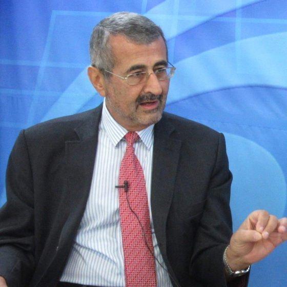 Δεν θα παραστεί σε συνέδριο για ενέργεια στα κατεχόμενα ο Χαράλαμπος Έλληνας