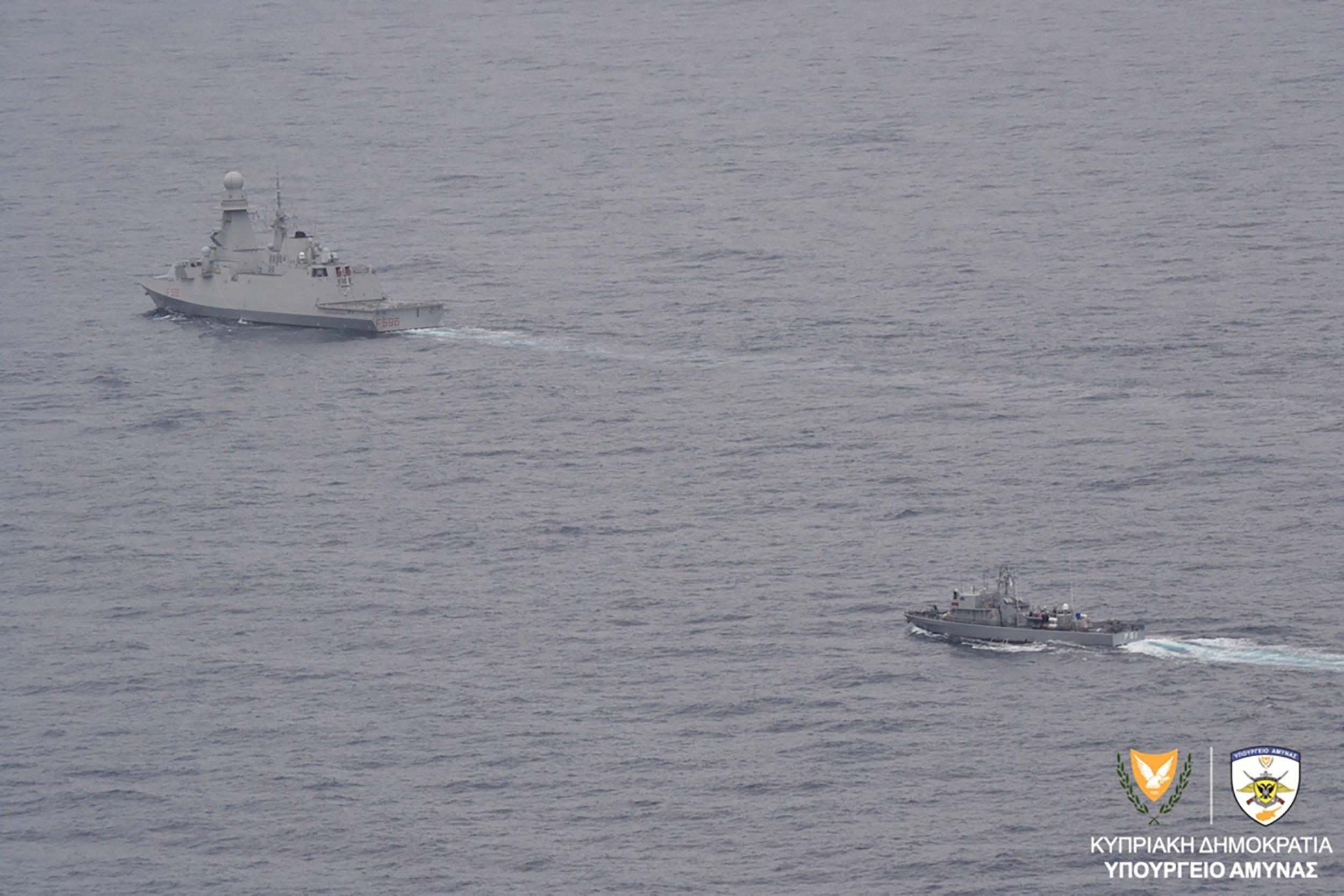 aeronaftiki askisi italia stratos fregata 1