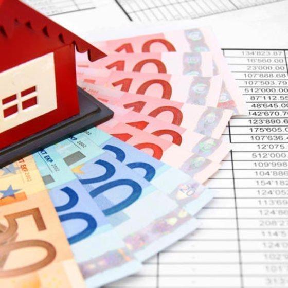Κολλημένα στα €9,7 δις τα κόκκινα δάνεια