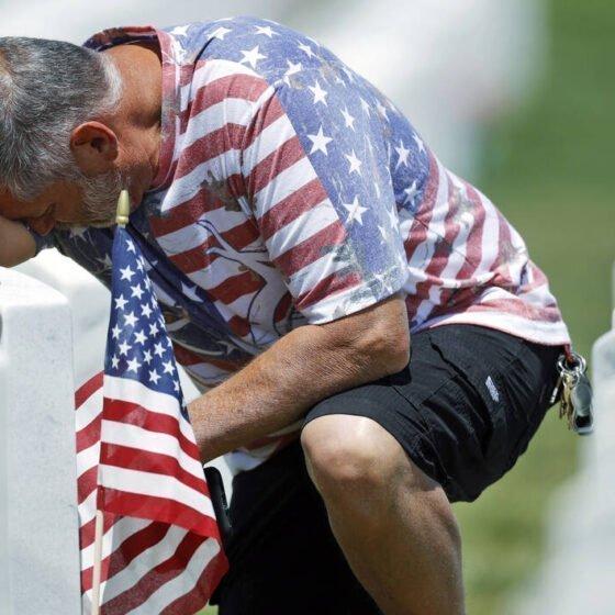 Ξεπέρασαν τις 100.000 οι νεκροί στις ΗΠΑ