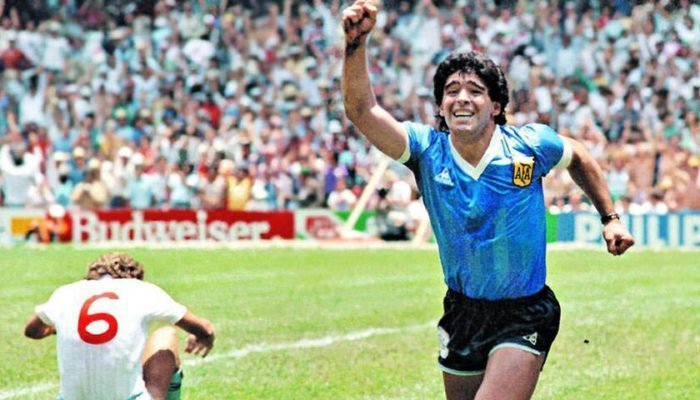 Maradona 700x400