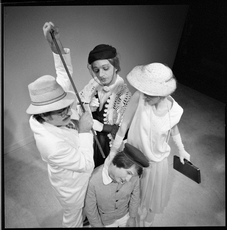 Ζωρζ Μισέλ Κυριακάτικος περίπατος 1976